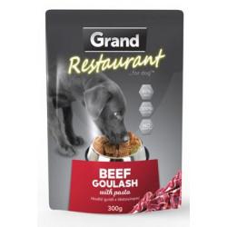 GRAND kaps. pes 300g 100% hovězí guláš